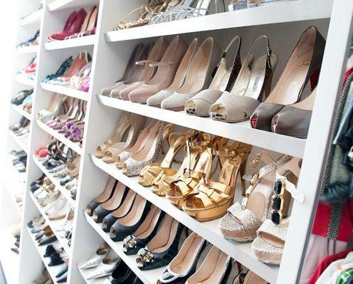 Les hommes sont des chaussures