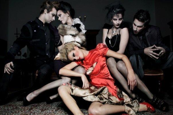 Le Bal des vampires frivoles le 31 octobre 2013 à partir de minuit au Loft Tilsit !