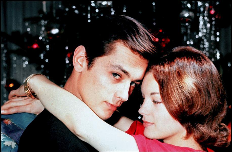 Alain-Delon-and-Romy-Schneider-alain-delon-24250651-917-602