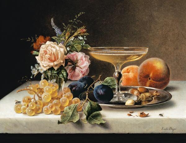 Fruechtestilleben-mit-Blumen-und-Sektschale