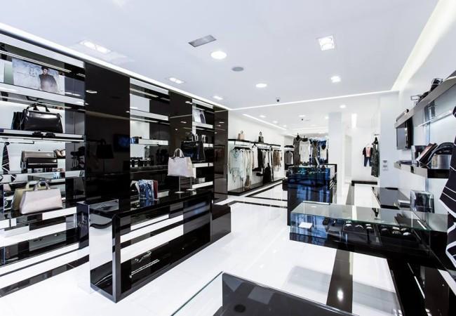 Jean-Louis Scherrer – Inauguration – Rue du faubourg Saint Honoré – people – Paris Frivole