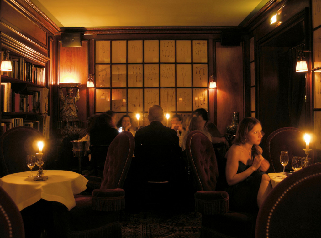 Paris Frivole - hôtel Costes - restaurant chic