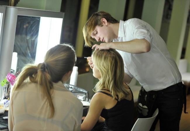 Her Make Up Paris – maquilleurs et coiffeurs à domicile