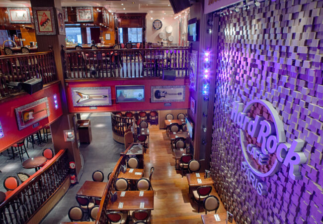 Hard Rock Café – world burger tour