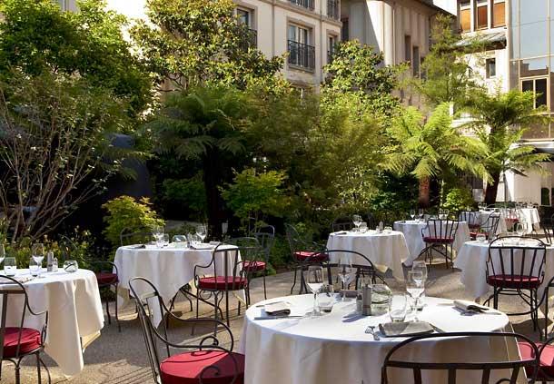 Jardin secret – garden party – Hôtel Renaissance Le Parc Trocadéro