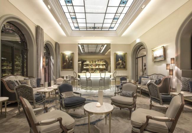 Hôtel Lancaster – table 2 étoiles – terrasse secrète