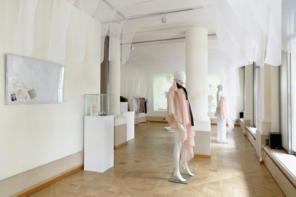 2-Exposition-Ken-Okada-15-ans-Onirik-Cocoon-Joyce-Gallery118