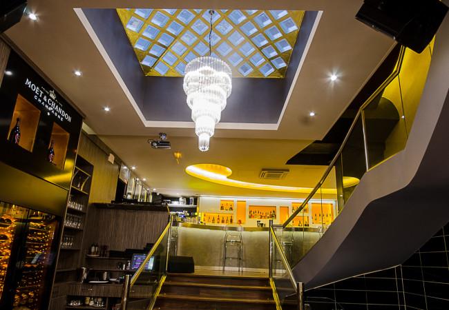 Nouveau bar restaurant – M. Georges – rue du Colisée
