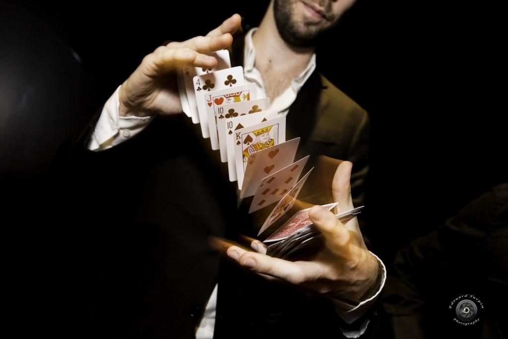 Clément Blouin - illusionniste - magicien