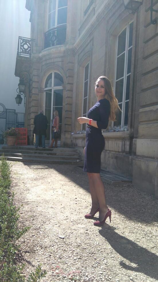Sarah Paris Frivole