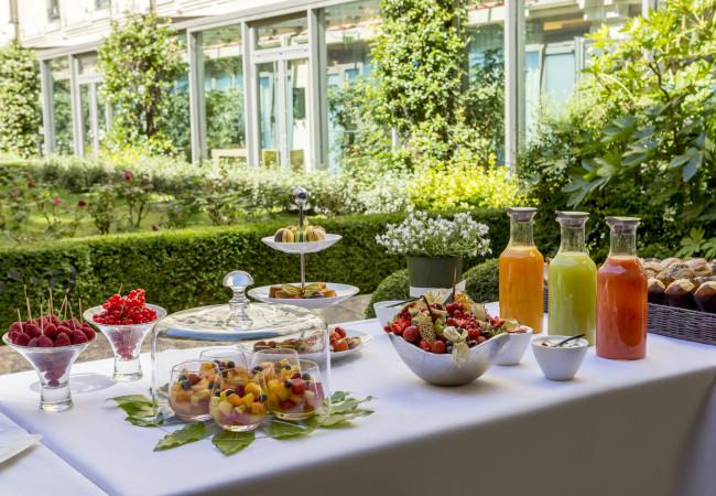 Terrasse, Vegan Bar et Pique-Nique au Parc Monceau /Hôtel du Collectionneur