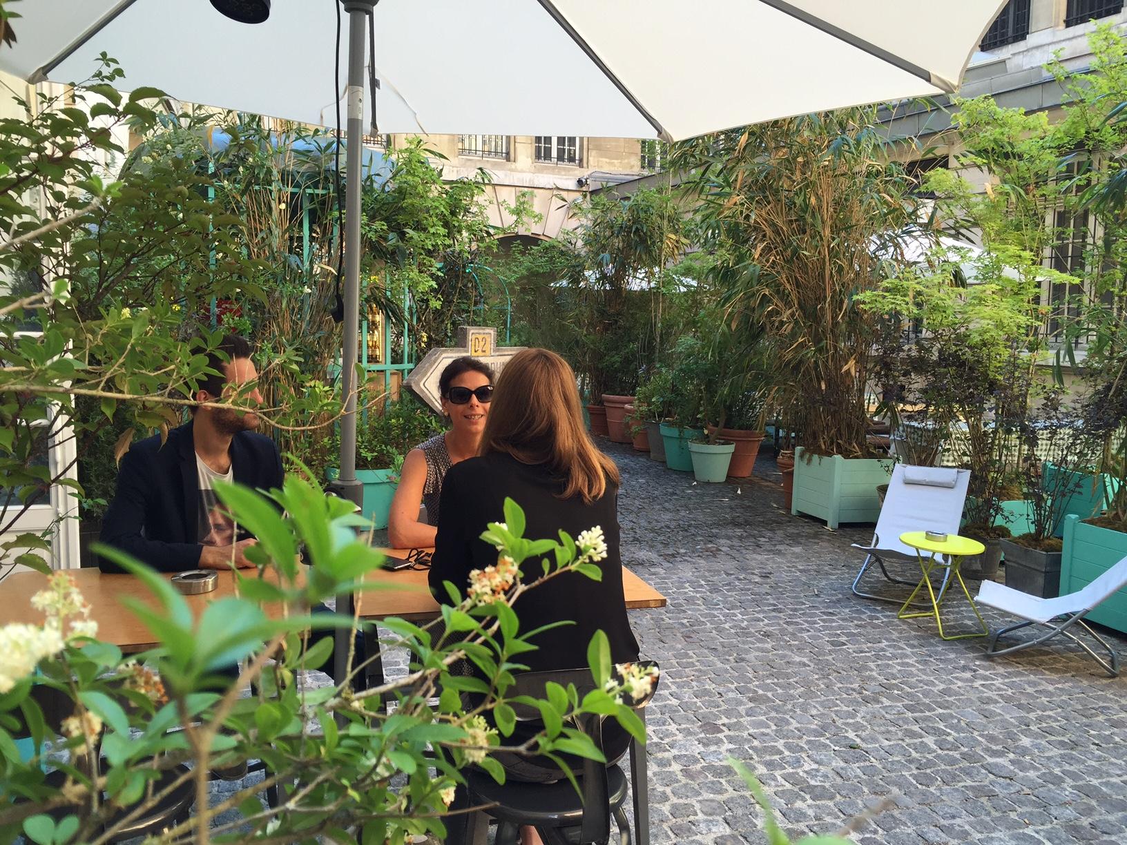 Le jardin municipal bar ph m re jardin secret en for Le jardin bar