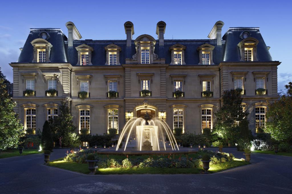Saint James Paris - hôtel de luxe - paris frivole