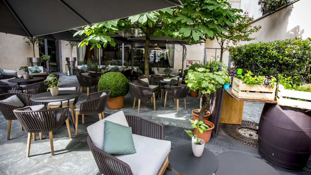 Terrasse Vegan Bar_Hotel du Collectionneur