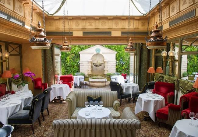 L'Hôtel – rue des Beaux Arts – sur les traces d'Oscar Wilde  – tea time pour l'Euro 2016