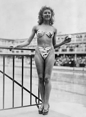 MichelineBernardini - bikini - piscine Molitor