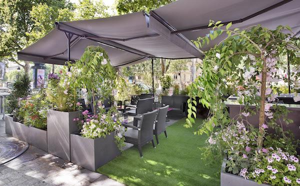 Le 68 Guy Martin et la Maison Guerlain inaugurent leur terrasse sur les Champs-Elysées