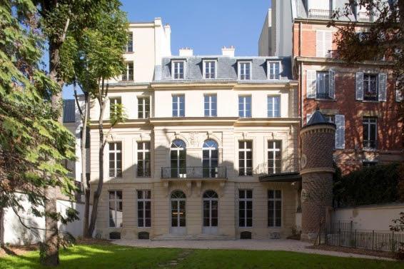 Le musée du parfum à Paris - rue du faubourg saint honoré
