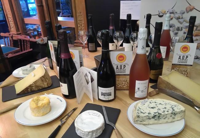Les AOP laitières françaises, accords fromages et Champagnes
