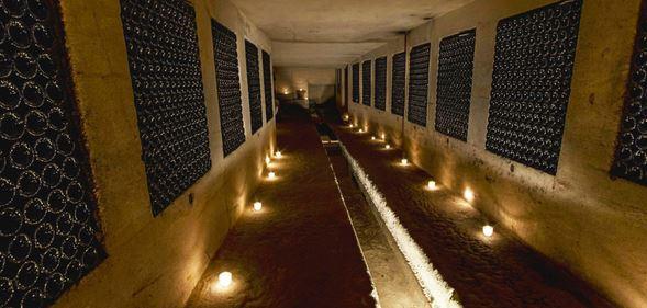 chateau-de-la-riviere-caves-vin-de-bordeaux-fronsac