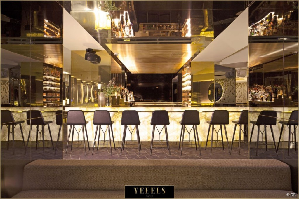 le-yeeels-club-bar-restaurant-branche-a-paris