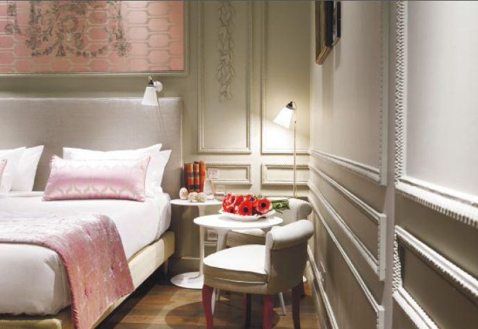 chambre boudoir - hôtel la belle juliette - paris frivole