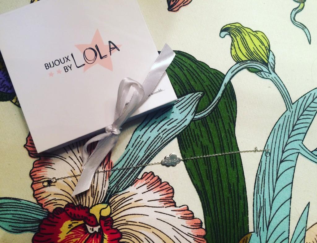 Bijoux by Lola - bijoux personnalisés - gravure - paris frivole