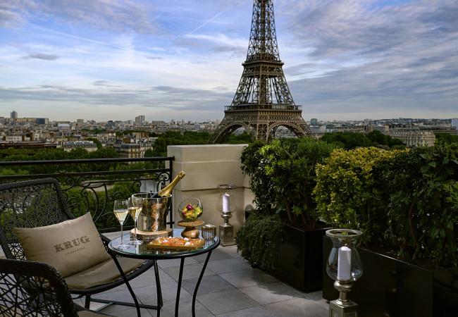Le bar à ciel ouvert by Krug – Shangri-La Hôtel