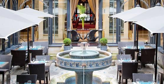Hotel California - bar ephemere Moet et Chandon - paris frivole