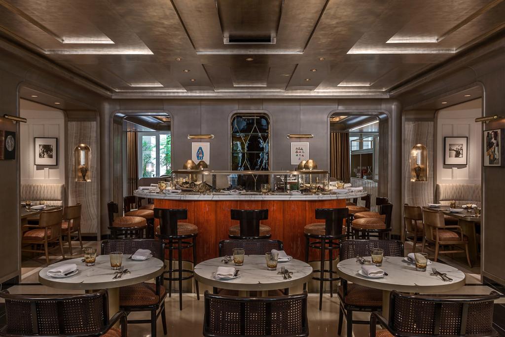 Hôtel le Crillon - brasserie d'Aumont -place de la concorde - paris frivole