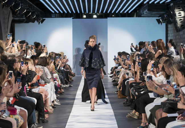 Laskaris – Paris Fashion Week – tendances automne hiver 2017 2018