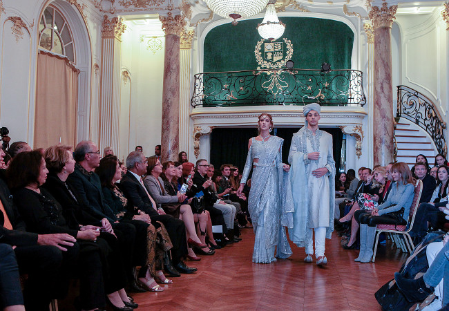 Nilofer Shahid – Paris Fashion Week – Ambassade du Pakistan
