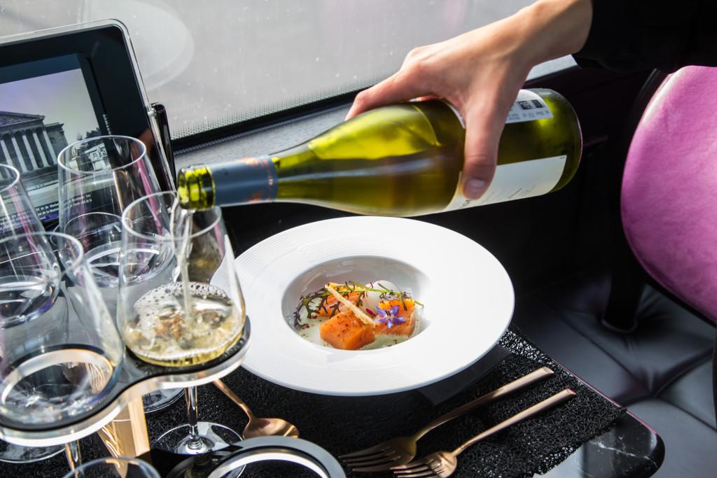 Bus Toqué - dîner bistronomique dans un bus - restaurant itinérant