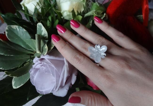 Bague Lalique – bijou d'exception en cristal – Vessière Cristaux