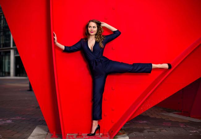 TopVintage – la pin-up des temps modernes – Inspiration Seventies – Drôles de Dames
