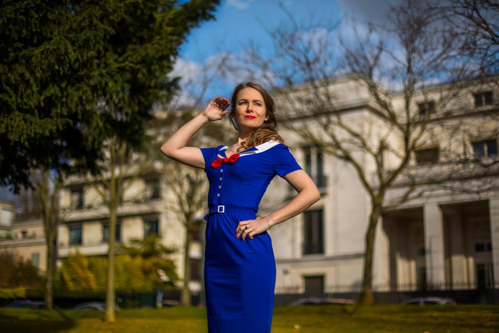 TopVintage - une robe de style marin - un look de pin-up années 50