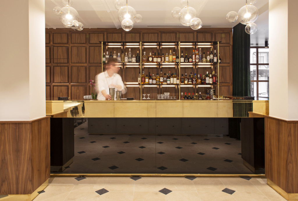 Hôtel Parister - bar à cocktails Les Passerelles