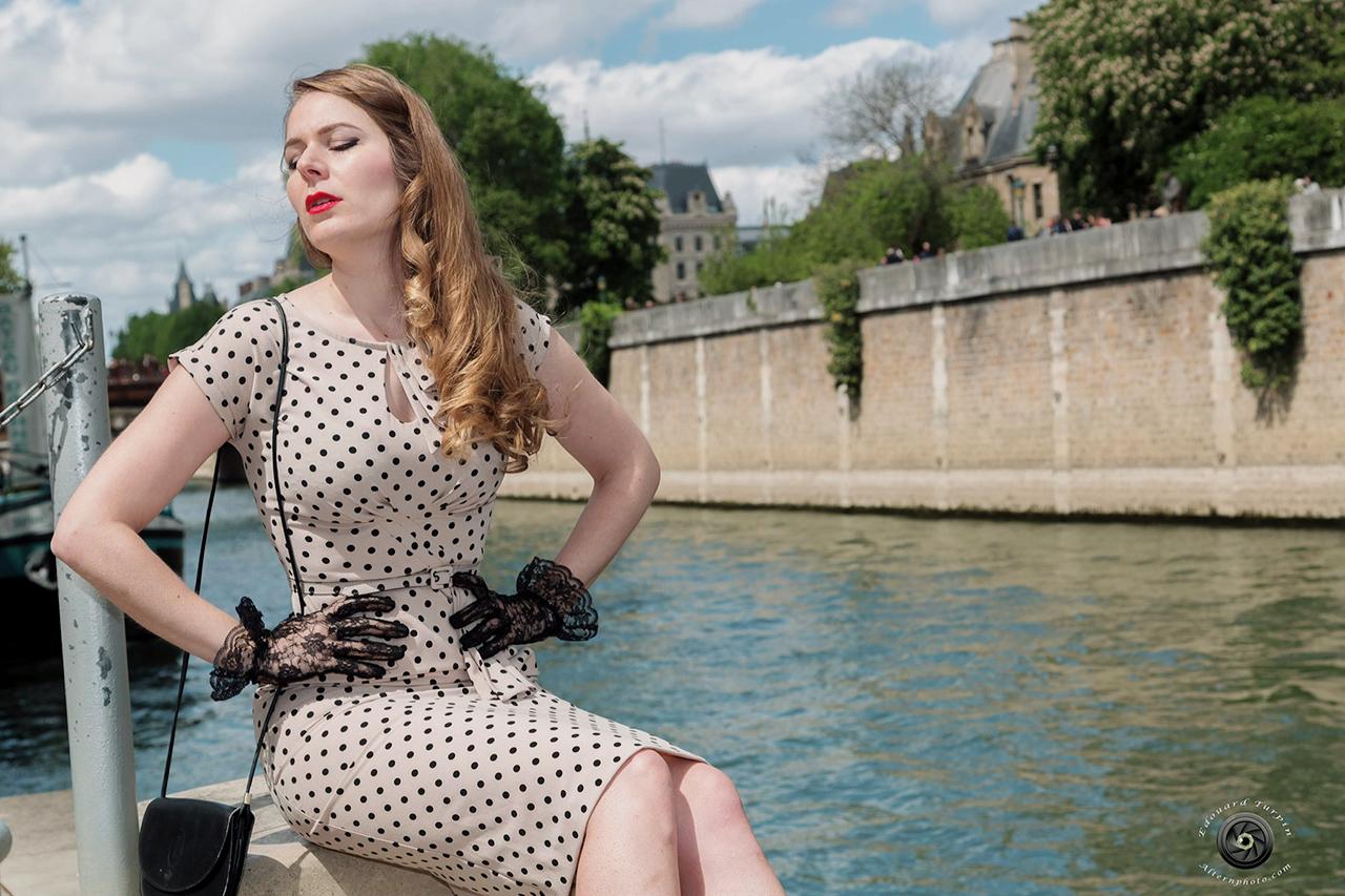 miss rétro chic - la parisienne vintage - look années 50 - paris frivole