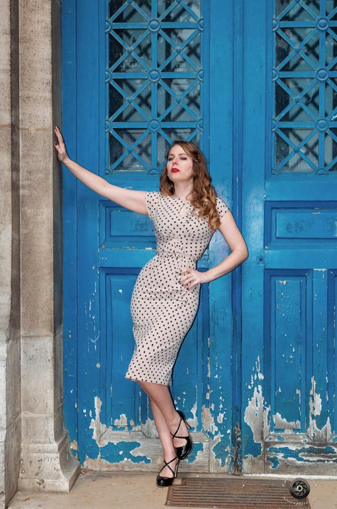 http://paris-frivole.com/miss-retro-chic-la-parisienne-vintage-look-annees-50/