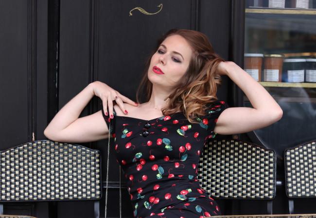 Miss Rétro Chic – un look de Parisienne rétro – robes et accessoires vintage