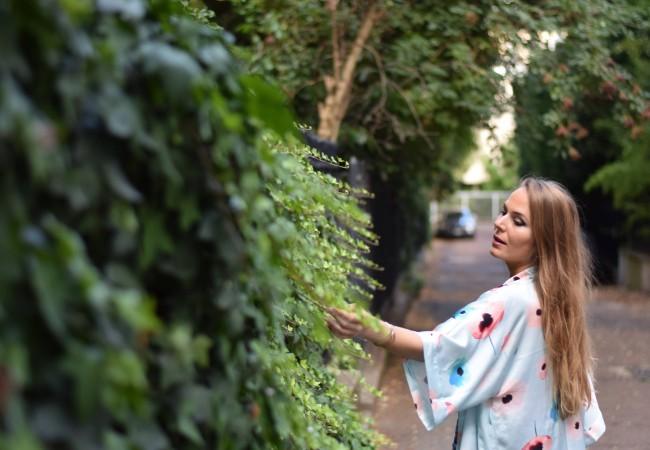 AW Bridal – un kimono chic pour l'été – le peignoir réinventé
