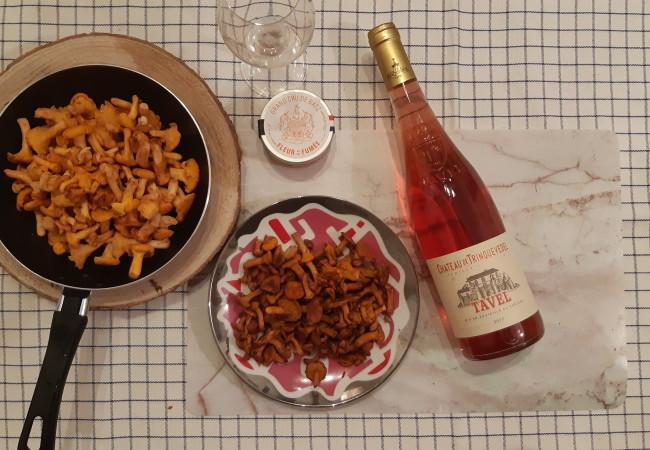 Appellation Tavel – du vin rosé sur les tables automnales