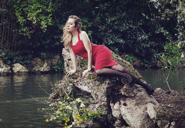 Bellepoque – robe rouge années 50 – vintage
