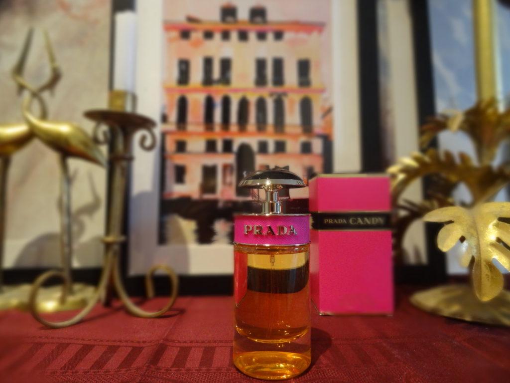 Parfum du Monde - Club Amilcar - Candy de Prada