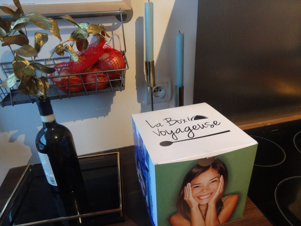 La Box Voyageuse La Cuisine Du Monde Livree Chaque Mois Paris