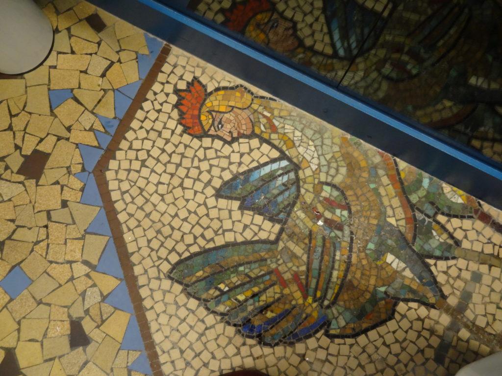 Aux Belles Poules – l'ancienne maison close des années 20 renait de ses cendres