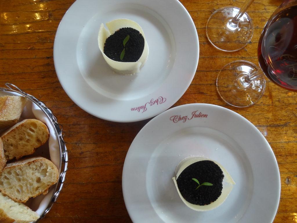 Chez Julien – le restaurant le plus romantique de Paris propose un menu spécial truffes