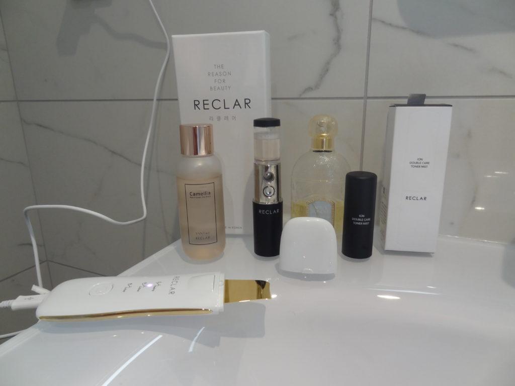 Reclar – une peau nette et sans ride – peeler et spray ionique