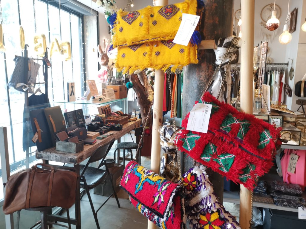 Babel Concept Store - tendance upcycling - sac handira