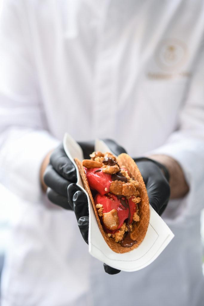 Découvrez l'Ice-Cream Truck de l'Hôtel de Crillon, A Rosewood Hotel